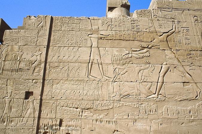 Pharaoh-Seti-battle-relief-karnak