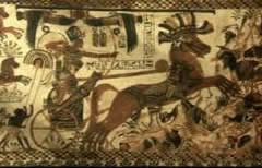tutankhamun-smiting-enemu-pharaoh-battles